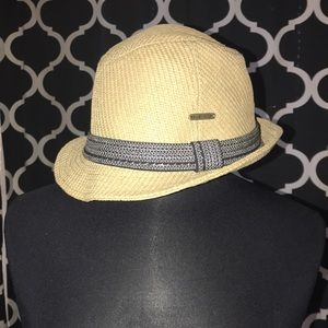 Fedora Style Roxy Hat